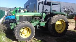 John Deere 3650 农用拖拉机
