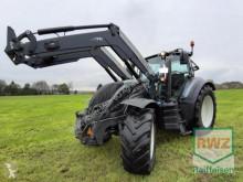 tracteur agricole Valtra T174 eV