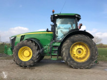 tracteur agricole John Deere 8335R