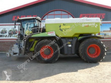 Claas XERION 4000 SADDLE T farm tractor