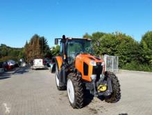 zemědělský traktor Kubota
