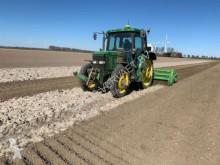 tracteur agricole John Deere 6310