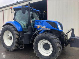 Tracteur agricole New Holland T230