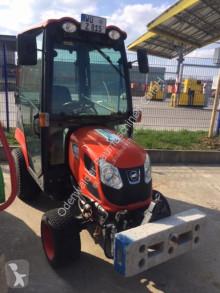 tractor agrícola Kioti CS2610