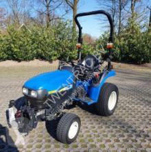 tractor agrícola New Holland TC 24 D