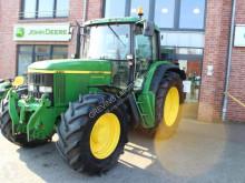 tractor agrícola John Deere 6910