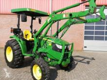 селскостопански трактор John Deere 4049M