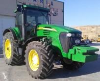 Tracteur ancien John Deere 7720