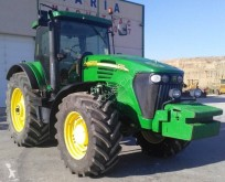 Tractor agrícola tractora antigua John Deere 7720