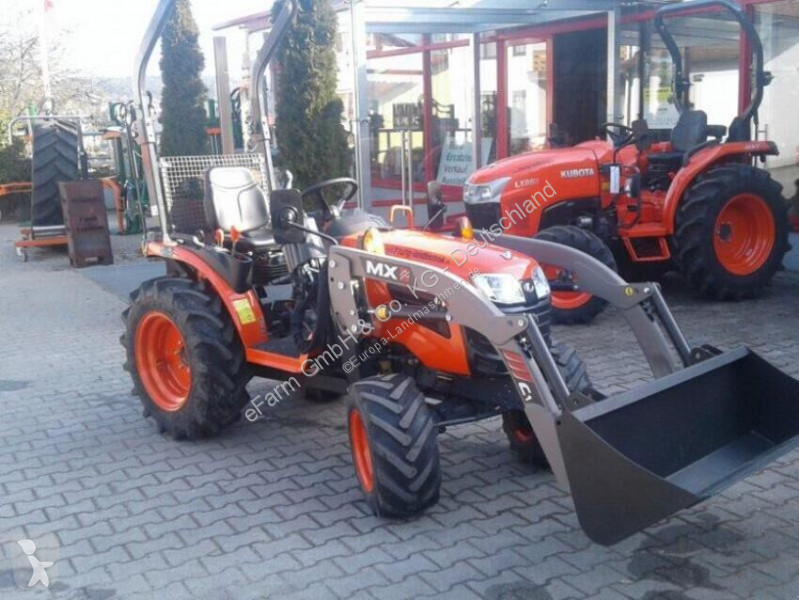 Преглед на снимките Селскостопански трактор Kubota