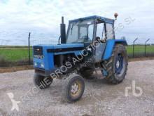 tracteur agricole Ebro 8110