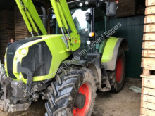 trattore agricolo Claas ARION 530