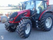 tarım traktörü Valtra