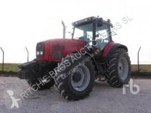 tractor agrícola Massey Ferguson 8220