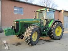 tarım traktörü John Deere 8210