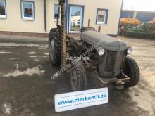 Tractor agrícola Massey Ferguson TE-F usado