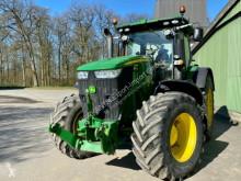 Traktor John Deere 7230 R ojazdený