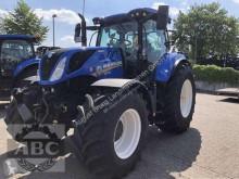zemědělský traktor New Holland T7.225 AUTOCOMMAND M