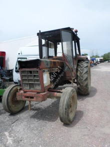 tracteur agricole Case IH INTERNATIONAL 845