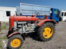 zemědělský traktor starý tahač Steyr