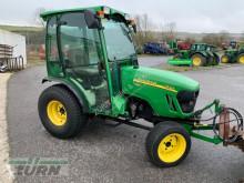 tractor agrícola John Deere 2520