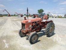 tracteur agricole Renault R7053