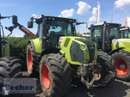 Tracteur agricole Claas Arion 650 CEBIS
