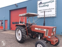 tracteur agricole Fiat 566