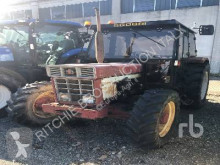 tracteur agricole Case IH 745