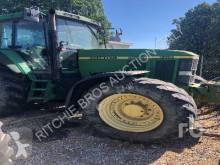 tracteur agricole John Deere 7710