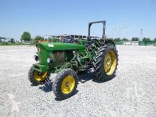 tractor agrícola John Deere 2130