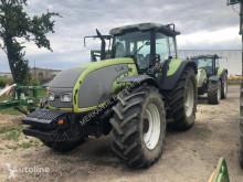 Valmet T 190 farm tractor