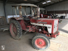 tracteur agricole IHC 323