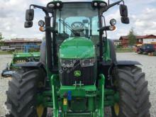 Zemědělský traktor John Deere 5125R