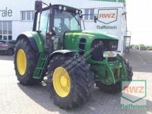 John Deere 7430 农用拖拉机
