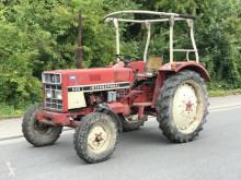 Tractor agrícola IHC 533 usado