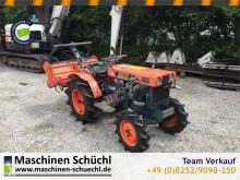 Tractor agrícola Kubota B7000 Schmalspurschlepper mit Fräse 4x4 tractor agrícola usado