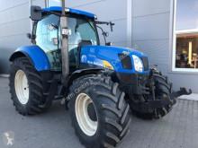 New Holland 农用拖拉机
