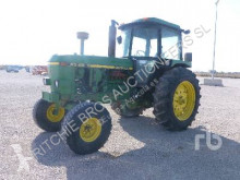 Landbrugstraktor John Deere 4040 brugt