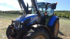 zemědělský traktor New Holland T 5 105