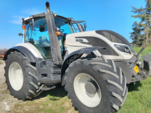 tracteur agricole Valtra T 174 DIRECT
