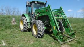 tractor agrícola John Deere 6120