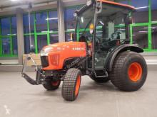 Tracteur agricole Kubota ST341C Turf Bereifung