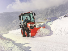 Zemědělský traktor Kubota ST371C