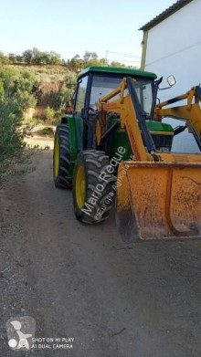 tractor agricol John Deere 6100