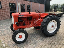 Tracteur agricole Nuffield Universal three occasion