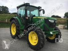 Zemědělský traktor John Deere 6125R