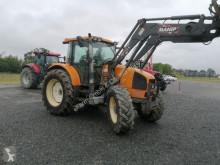 Lantbrukstraktor Renault begagnad