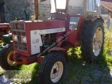 IHC 654 S farm tractor