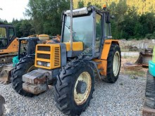 tracteur agricole Renault 103.14